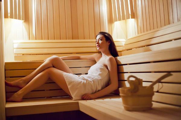 การอบซาวน่าหรืออาบน้ำร้อน ที่มีประโยชน์ต่อร่างกาย