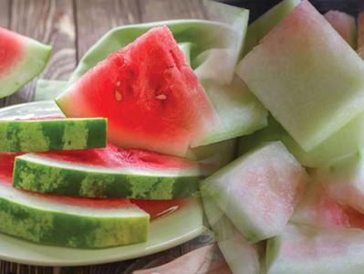 ประโยชน์ของเนื้อขาวที่เปลือกแตงโม ที่มีไฟเบอร์สามารถควบคุมน้ำหนักได้ดี