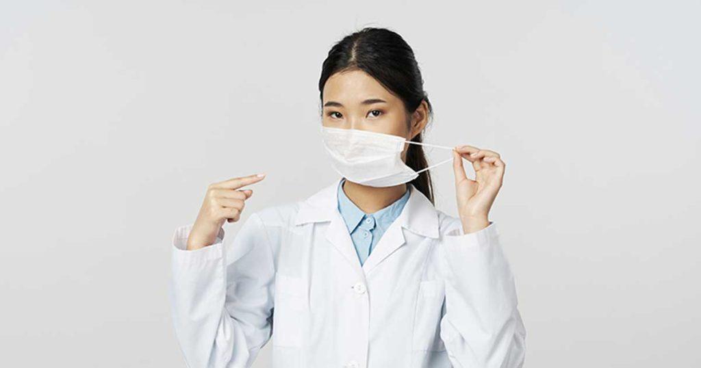 การใช้หน้ากากอนามัยที่ถูกต้อง ที่ควรทำความสะอาดมือให้ดีก่อนใส่